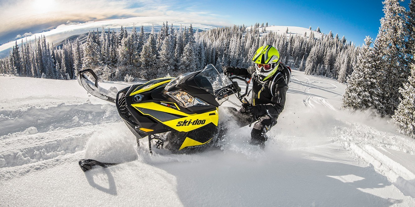 "2017 Ski-Doo Summit® SP 154 600 H.O. E-TEC®, PowderMax 2.5"" in Pendleton, New York"
