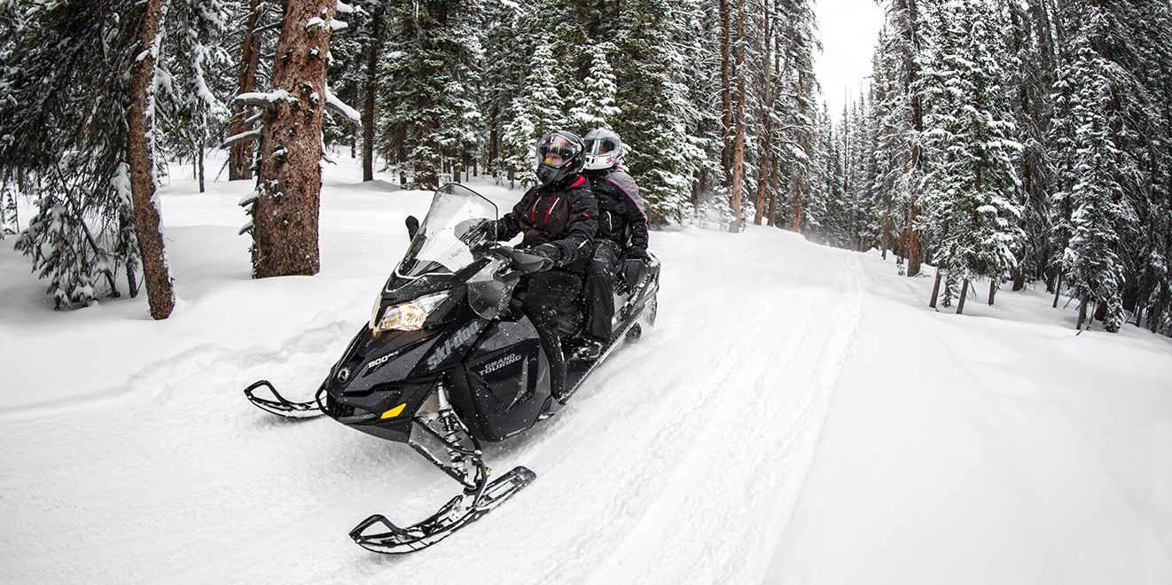 2017 Ski-Doo Grand Touring LE 1200 4-TEC® in Rice Lake, Wisconsin