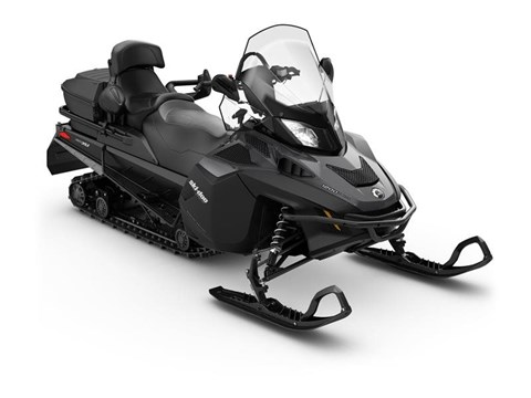 2017 Ski-Doo Expedition® SE 1200 4-TEC® in Speculator, New York