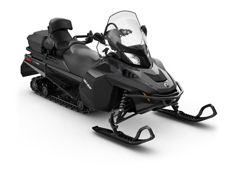 2017 Ski-Doo Expedition® SE 900 ACE™ in Speculator, New York