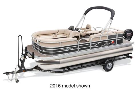 2017 Sun Tracker Party Barge 20 DLX in Waco, Texas