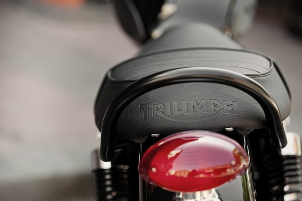 2016 Triumph Bonneville T100 Black in Denver, Colorado