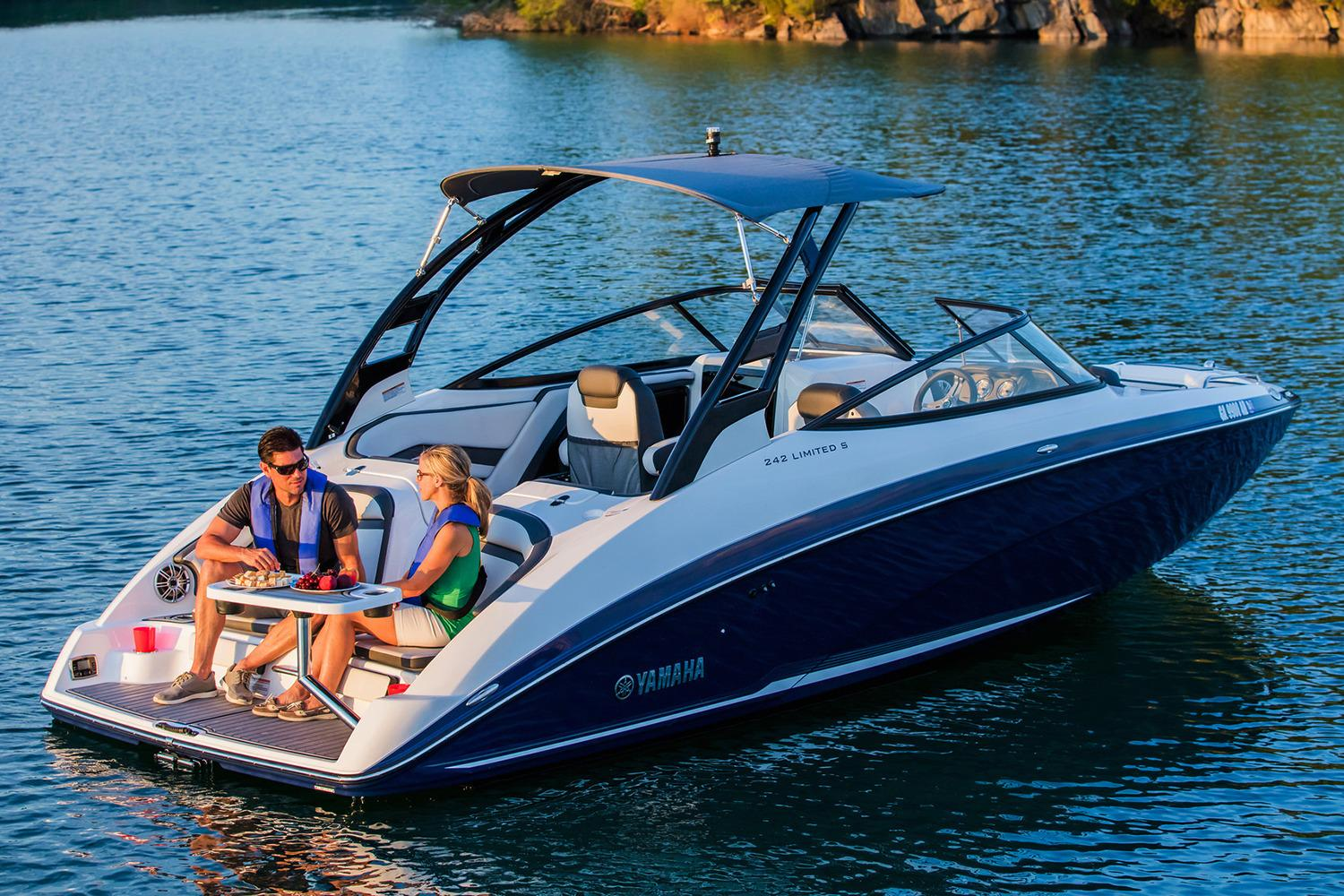 new 2017 yamaha 242 limited s power boats inboard in saint